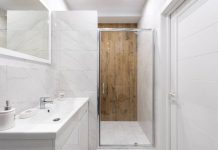 cómo colocar azulejos en el baño
