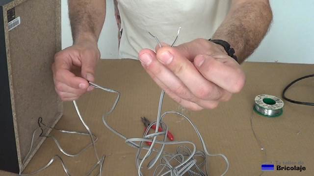 cable de audio terminado para usar en nuetro aparato de música