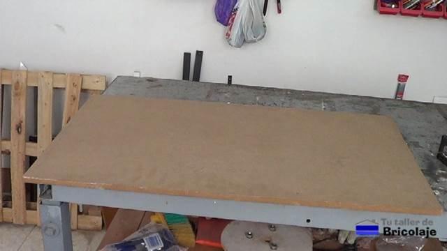 tablero en dm sin plastificar para hacer la cubierta de la mesa