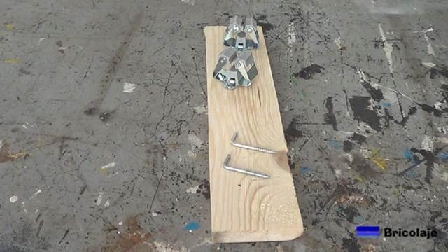 materiales necesarios para realizar el organizador de utensilios de limpieza