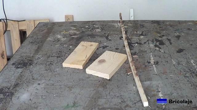 la madera que he usado son retales de madera de palets