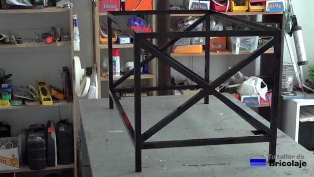 estructura de hierro de la mesa de centro