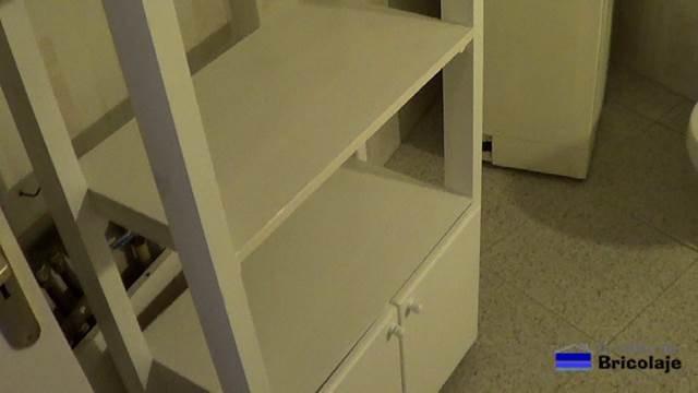 el mueble auxiliar realizado para el baño