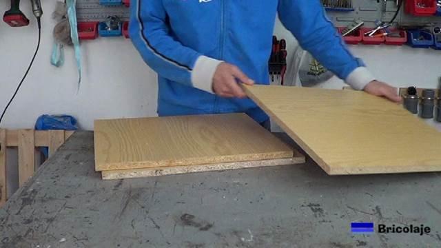 aprovechando madera de un viejo armario