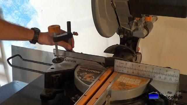 mordaza de apriete para sujetar las piezas a cortar