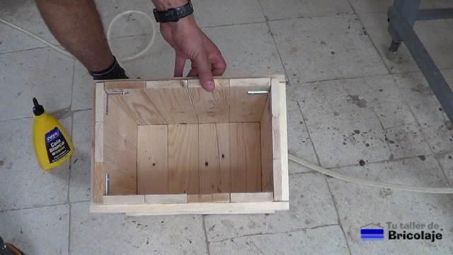 cubo o recipiente del cubo de basura de palets
