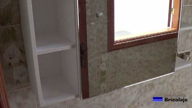 Como hacer un mueble para bano con espejo - Hacer mueble de bano ...