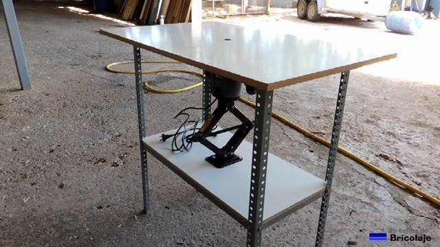 Cómo hacer una mesa para la fresadora portátil. 1ª parte: la estructura