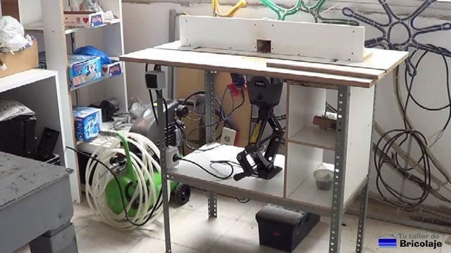 cómo hacer una mesa para la fresadora portátil