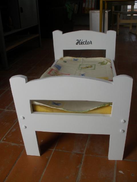 C mo hacer una cama para beb personalizado con su nombre - Como construir una cama ...