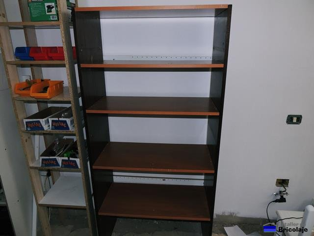 C mo hacer una estanter a de madera con restos - Como hacer estanterias de madera ...
