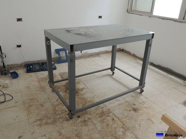 C mo colocar ruedas a una mesa de trabajo - Mesa trabajo taller ...