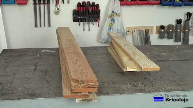 C mo hacer sillas de terraza con madera de palet for Listones de madera para palets