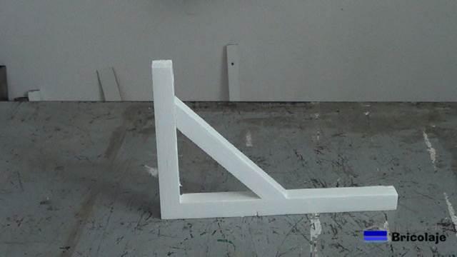 C mo hacer un soporte de madera - Como hacer estanterias de madera ...
