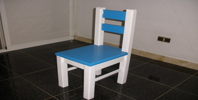 C mo hacer sillas de madera para ni os for Sillas para inicial