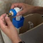 Cómo sustituir la válvula de llenado para inodoros