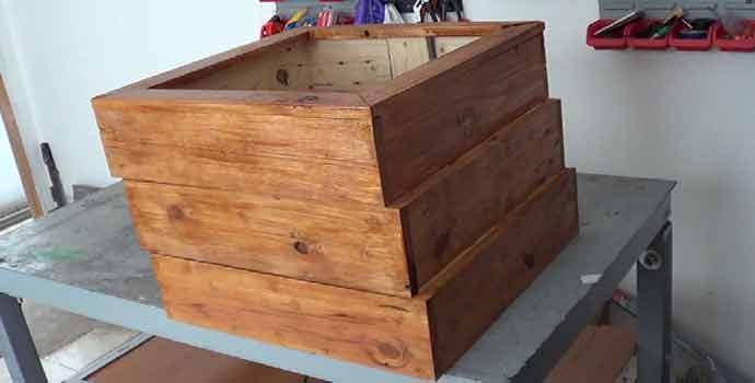 C mo hacer una jardinera con madera de palets 2 2 - Como hacer una jardinera de madera ...