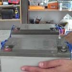Cómo conectar baterías en serie o en paralelo
