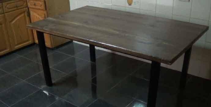 C mo hacer una mesa comedor de hierro y madera for Como hacer una mesa de madera para comedor